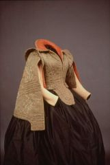 ca 1575-1600 quilted bodice and sleeves (open, as was the fashion back then, with another set of sleeves underneath). Said to have been worn by Marie de Medici. Spain